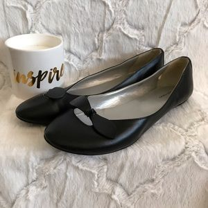 Old Navy Flats - Black Sz 7